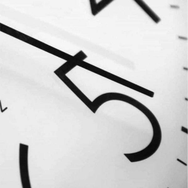 tijd-schooltijd-klok